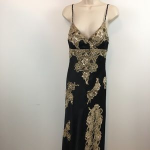 Cache 100% silk  embroidered and beaded gown